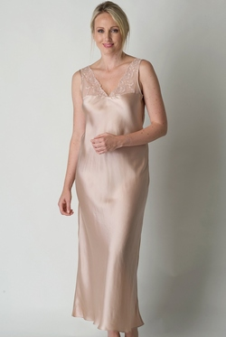 PURE SILK NIGHTWEAR FROM VIVIS OF MILAN
