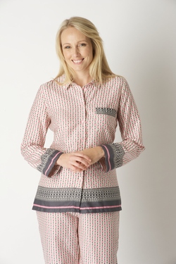 LUXURY LADIES PYJAMAS - News Luxury dressing gowns 3ad4a4843