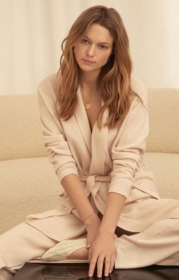 Ladies Woven & Knitted Cashmere Robes for Autumn 2019